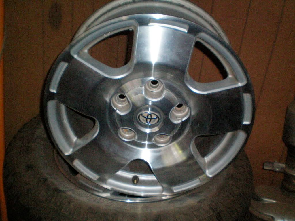 OEM WHEELS AND TIRES 100_0285