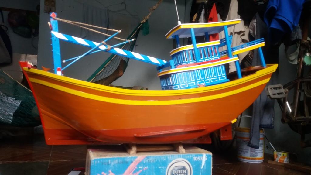 Mô hình tàu đánh cá VN ạ! 20160515_161413_zpsqqe6bp0o