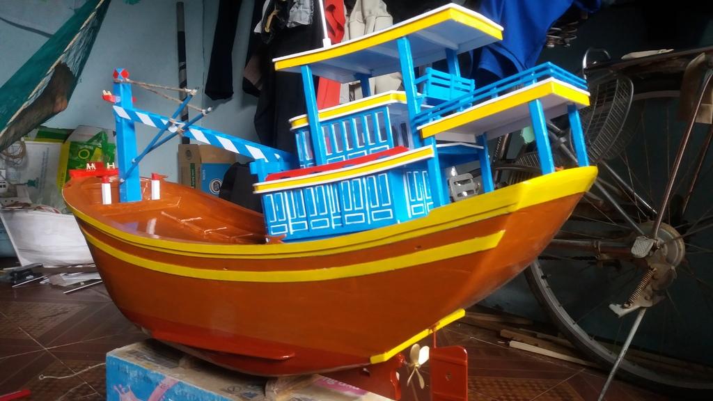 Mô hình tàu đánh cá VN ạ! 20160515_161451_zpsfkd3vrqh