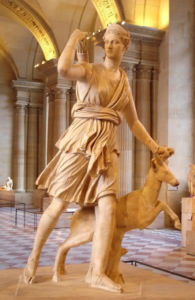பண்டைய 7 உலக அதிசயங்கள் 390px-Diane_de_Versailles_Leochares