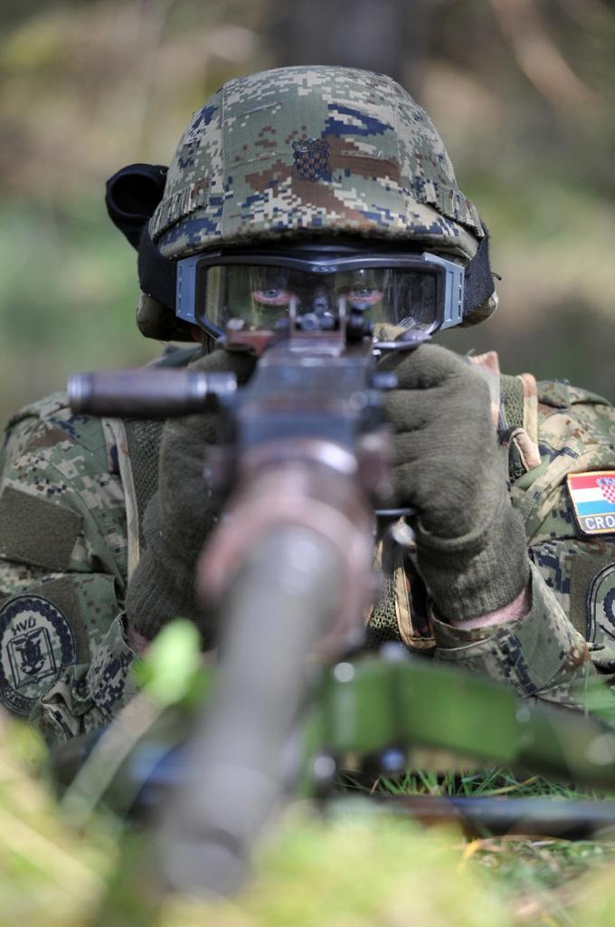 Forces Armées Croates /Croatian military /Oružane Snage Republike Hrvatske - Page 4 Vukovi_08042014_15_zpse9e72b31