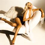Avatares de Christina Aguilera en varios Photoshoots Av161150x150-1