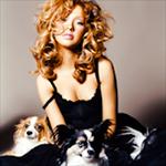 Avatares de Christina Aguilera en varios Photoshoots Av247150x150