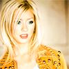 Avatares de Christina Aguilera en varios Photoshoots Av34100x100