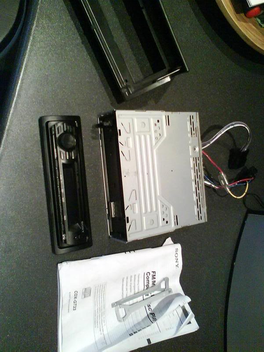 sony mp3 / wma cd player with front aux input £40 Stereo