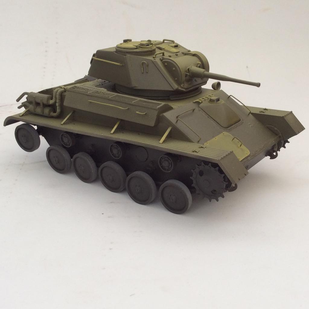 Tanque ligero ruso T-80 002_zps72eerbni