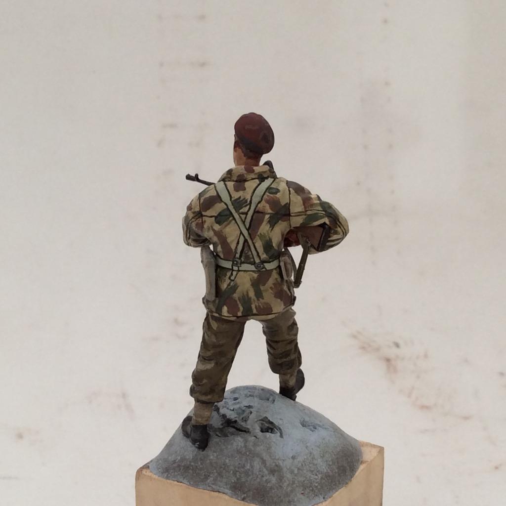 Emboscada: Panther Ausf A y comando del SAS - Página 2 004_zps7xusxfi7