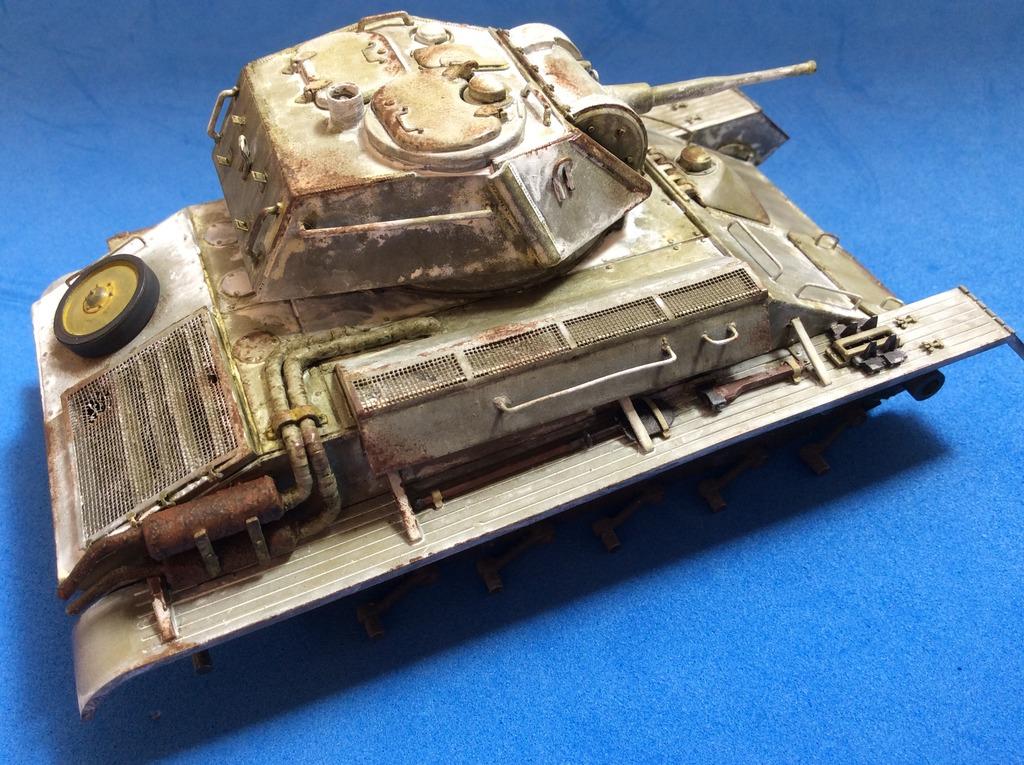 Tanque ligero ruso T-80 027_zpsyniew9u6