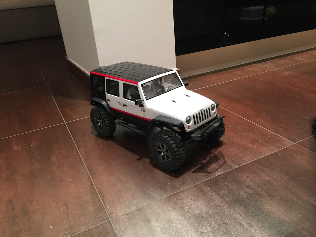Le scx10 Jeep Wrangler Unlimited Rubicon kit du fiston IMG_7398%20forum_zpsys9jzfew