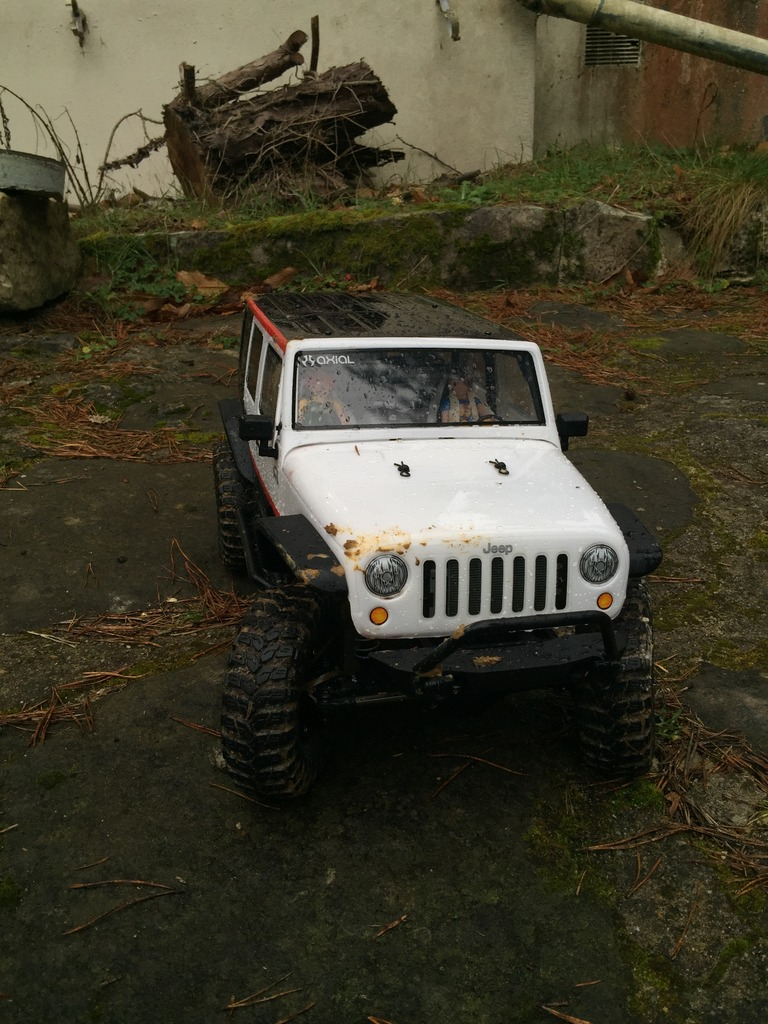 Le scx10 Jeep Wrangler Unlimited Rubicon kit du fiston IMG_7419%20forum_zps2pevlhkr