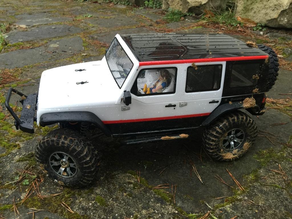 Le scx10 Jeep Wrangler Unlimited Rubicon kit du fiston IMG_7420%20forum_zpsbjvtjdad