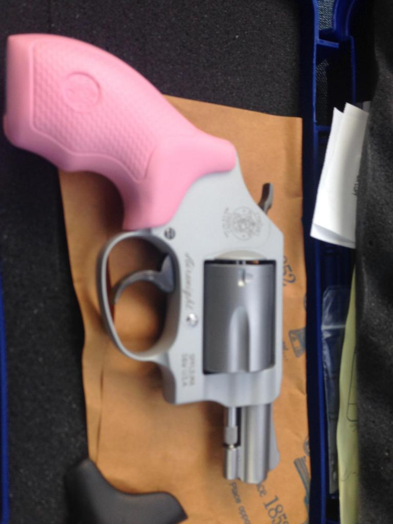 Got me a manly gun... Imagejpg1_zpsfa197caa