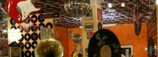 Empleos Originales Tienda-de-musica-pyme-1