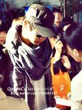 241210 SHINee@Kimpo airport (2) Th_65663992