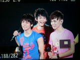261210 SHINee First Concert @ Japón - Página 2 Th_grgg