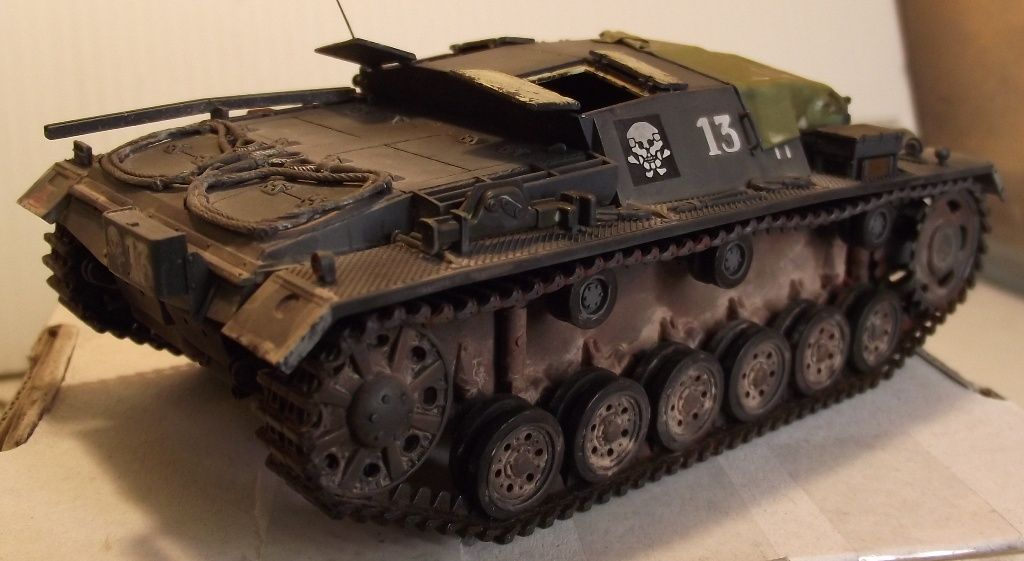 StuG III Ausf B 1/48 - Page 2 Stug1003