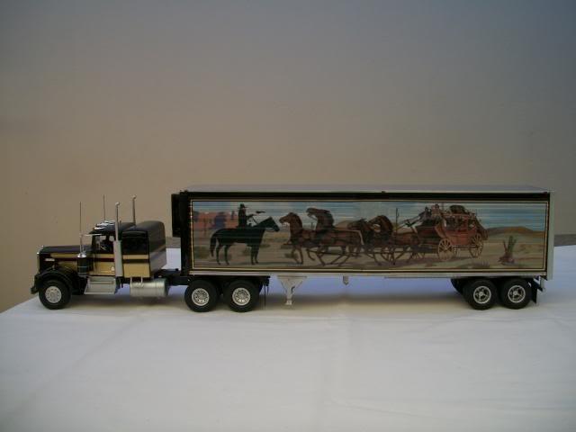 "Kenworth W-900 ""Smokey and the Bandit"" 100_2817"