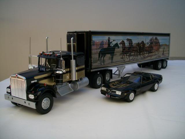 "Kenworth W-900 ""Smokey and the Bandit"" 100_2824"