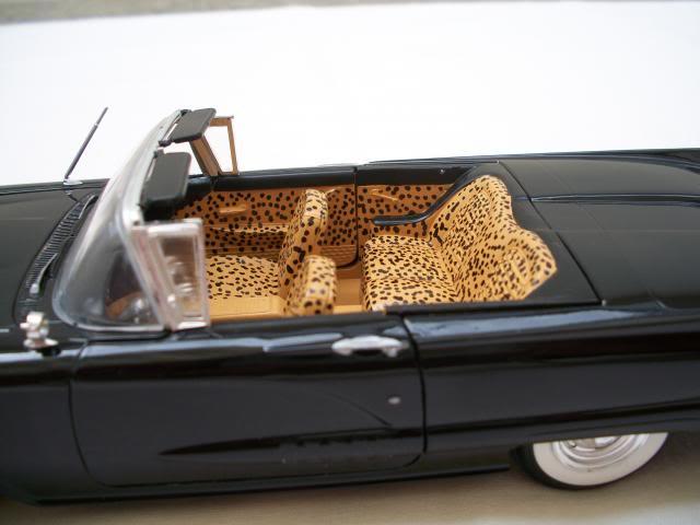 """1958 Ford Thunderbird conversivel """"Elvira A Rainha das Trevas"""" 100_3744"""