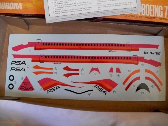 1:72 Aurora Boeing 737 100_3819