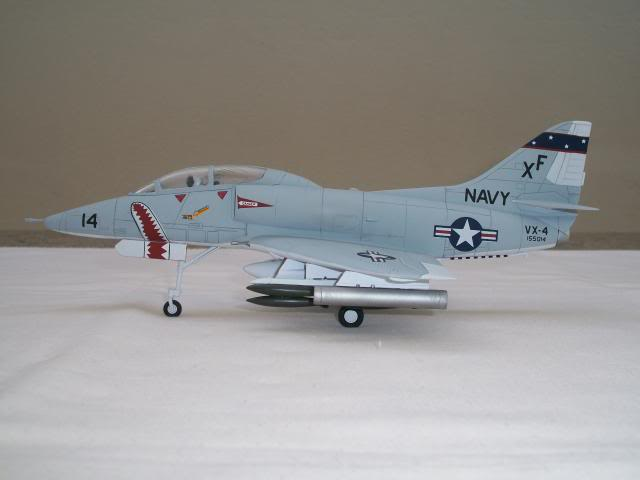 TA-4F Skyhawk   100_3874