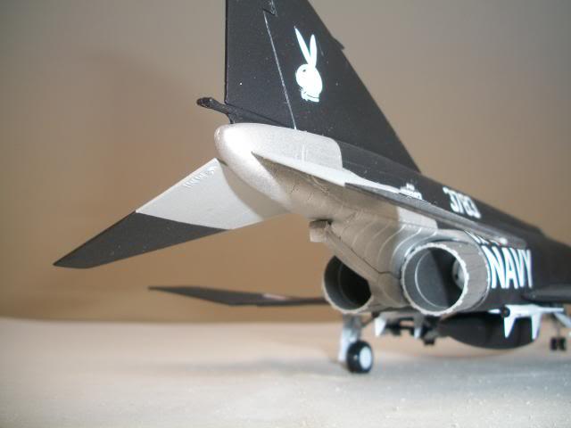 "F-4J Phantom II  ""Black Bunny"" 100_3913"