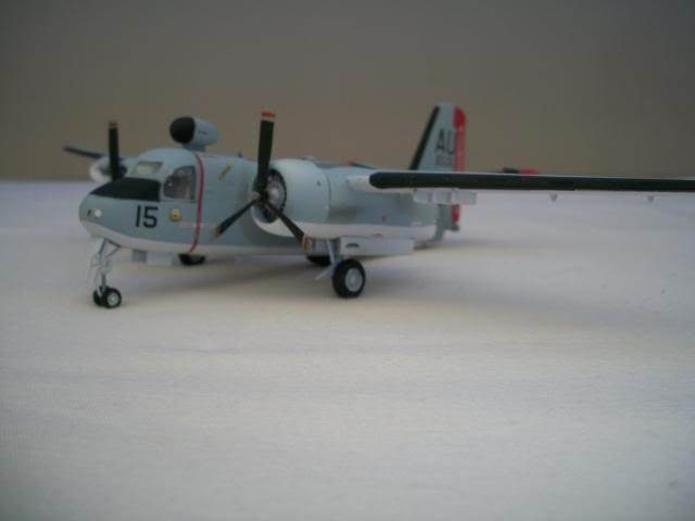 Grumman S-2 Tracker 100_3925