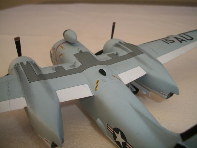 Grumman S-2 Tracker 100_3927