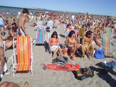 LOS URBANOS Playa-verano-06