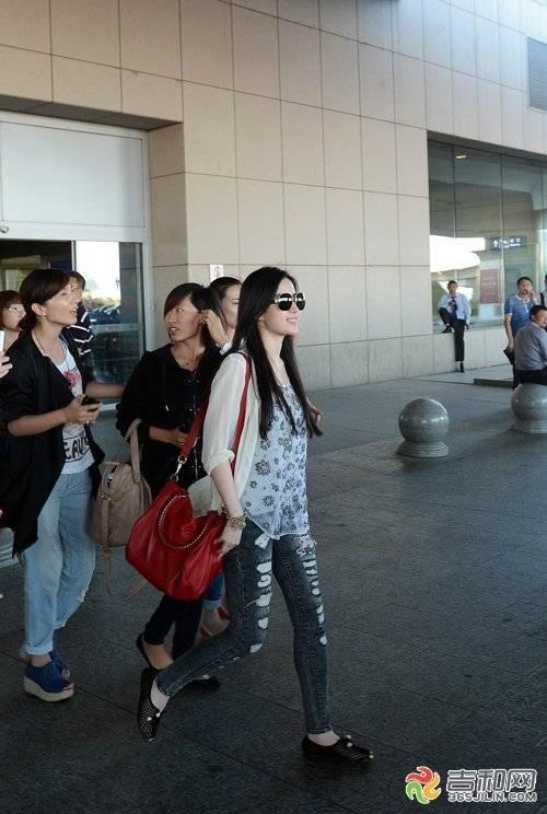 24/08/2012 สนามบินนานาชาติฉางชุนหลงเจีย 6-120R4211A2958