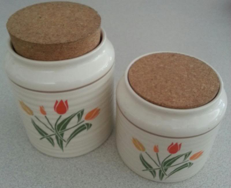 Flora canisters 009-1