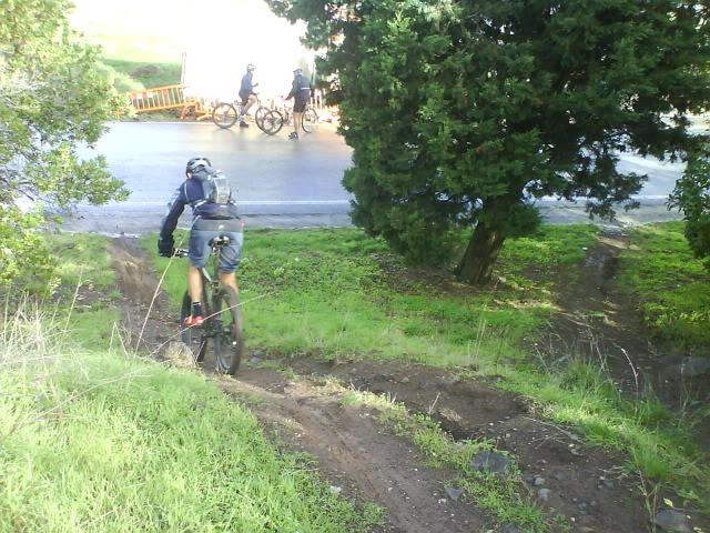 Pedalar pelos trilhos de Monsanto - 31 Outubro 2010 DSC03149