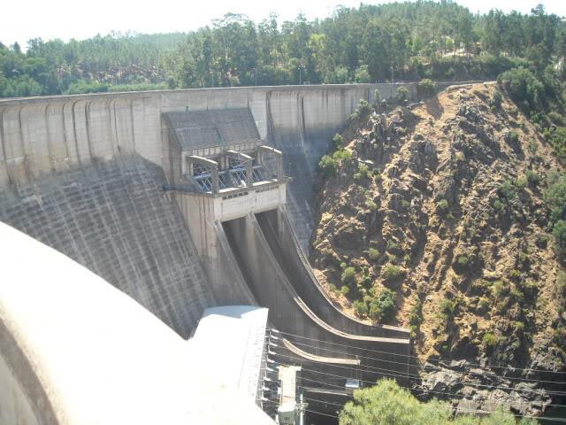 Barragem Castelo de Bode - 23/07/2011 - Em busca do Crocodilo que virou peixe gato DSCN5443