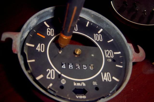 Como poner el velocímetro en ceros  SV400360