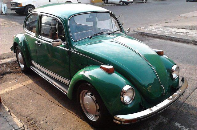 Un nuevo escarabajo llegó a casa Sedan-vocho-volswagen-2259-MLM4785966329_082013-F_zpsqexxd2fb