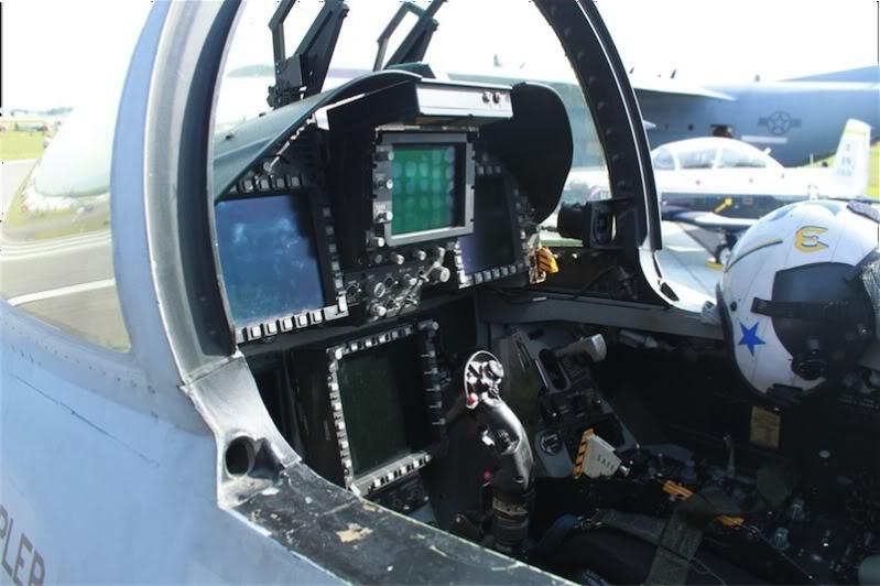 F/A 18 Hornet cockpit caseiro IMG_2938