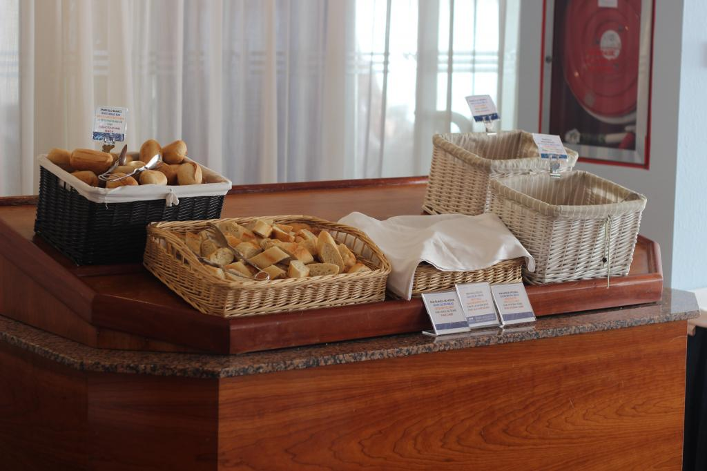 Hotel Marina Corfu Restaurant - Cala Egos IMG_0561_zps3c6fc940