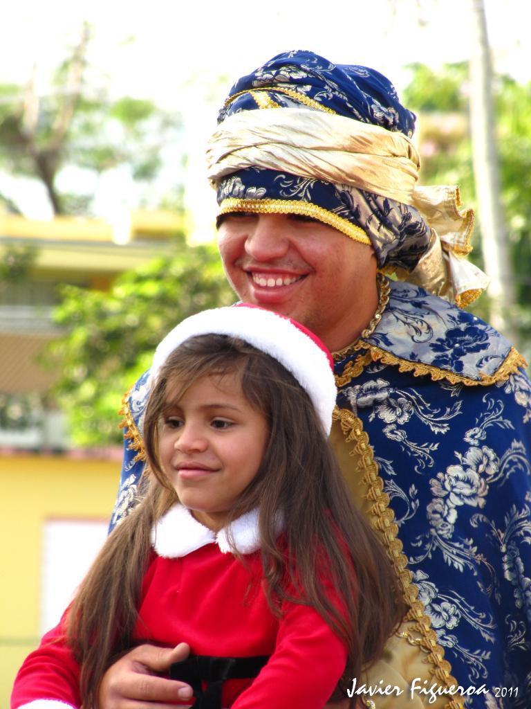 La Escuela Acreditada el Parque celebró su tradicional parada de navidad. ReyesIMG_0773