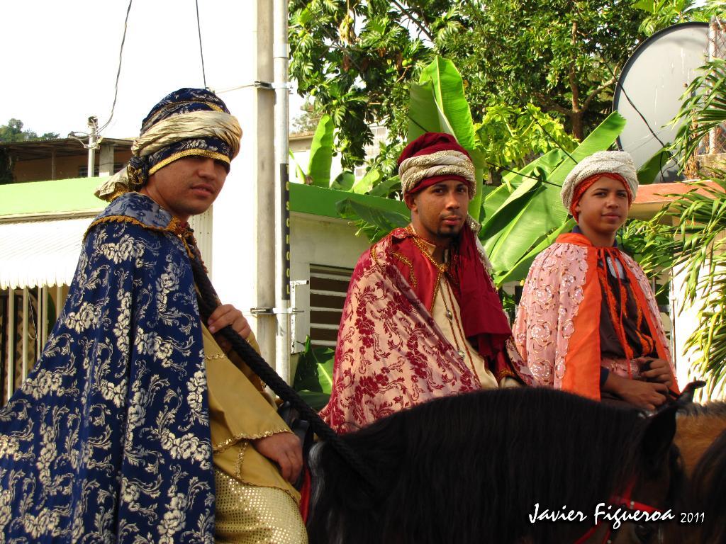 La Escuela Acreditada el Parque celebró su tradicional parada de navidad. ReyesMagosIMG_0765