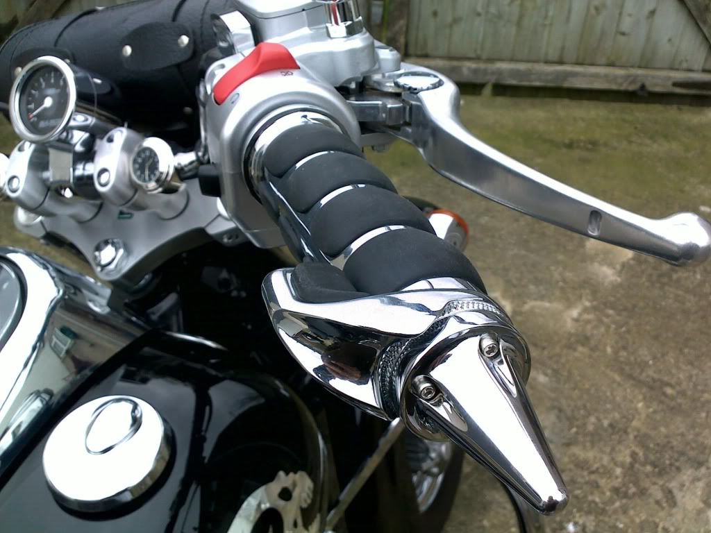 Has Anyone Fitted Heated Grips 05032011043