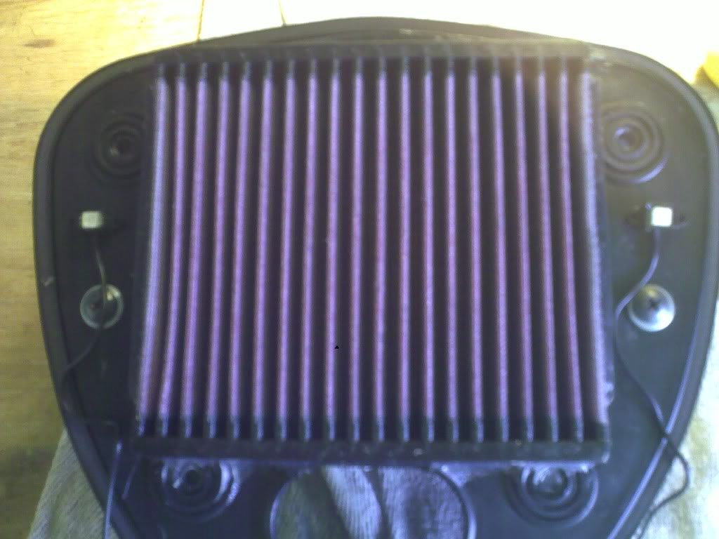 Suzuki C800,  Lighting Up The Air/Filter Box 11082010199