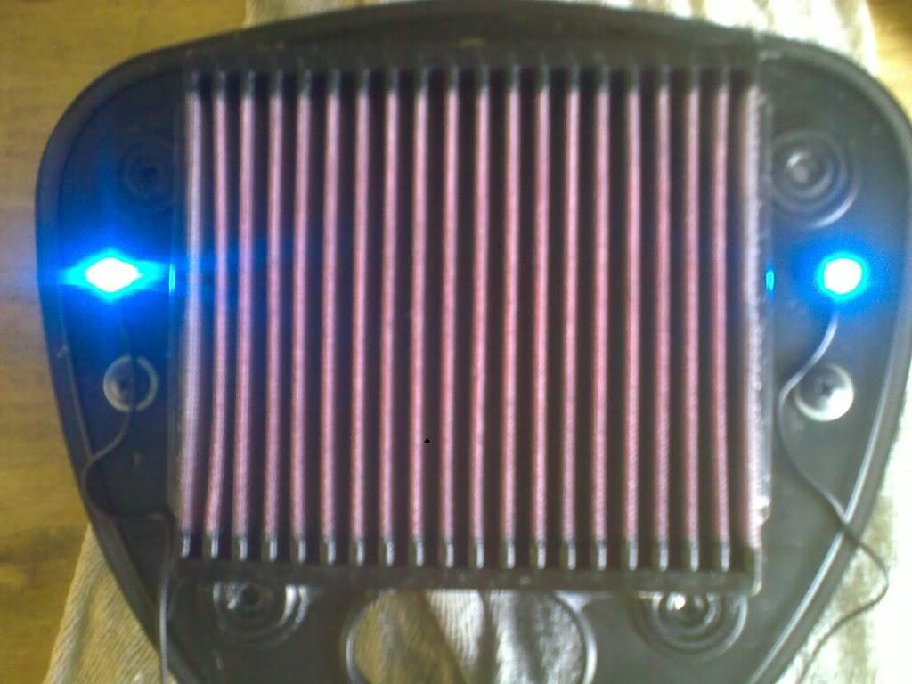 Suzuki C800,  Lighting Up The Air/Filter Box 11082010200