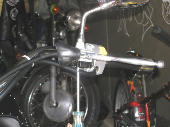 * Mistress K's adventure in modifying a Suzuki Intruder C50 / C800 * 127