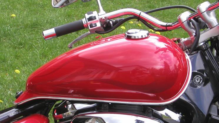 Chrome Tank & Speedo Trim on C800........................By Mistress K 39