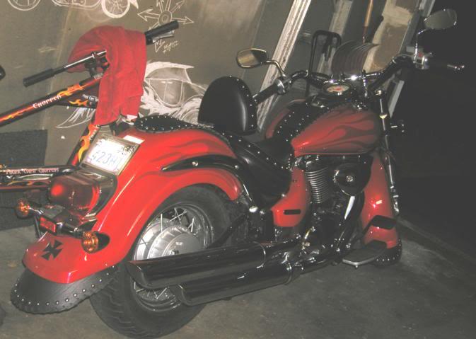 * Mistress K's adventure in modifying a Suzuki Intruder C50 / C800 * 61