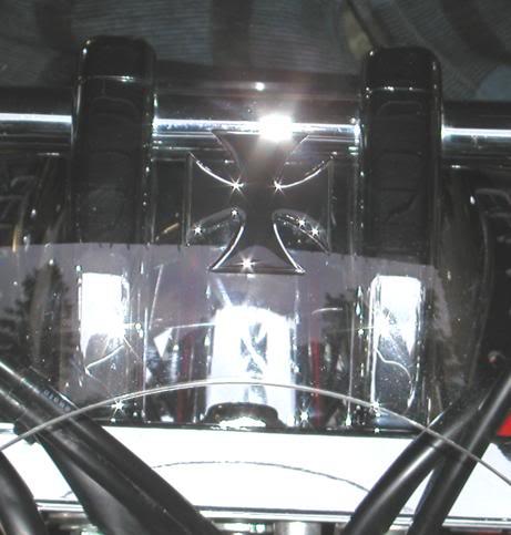 * Mistress K's adventure in modifying a Suzuki Intruder C50 / C800 * 69