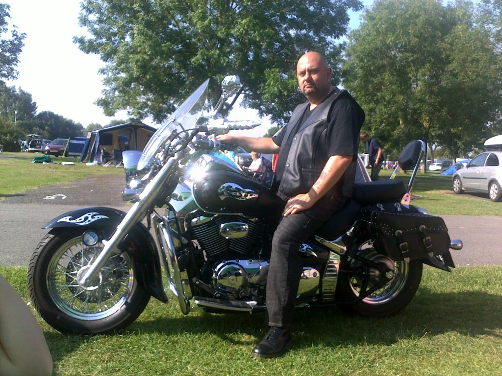 Couple of pics of my .......... 2010 Suzuki Intruder C800 Cruiser Daveandbike