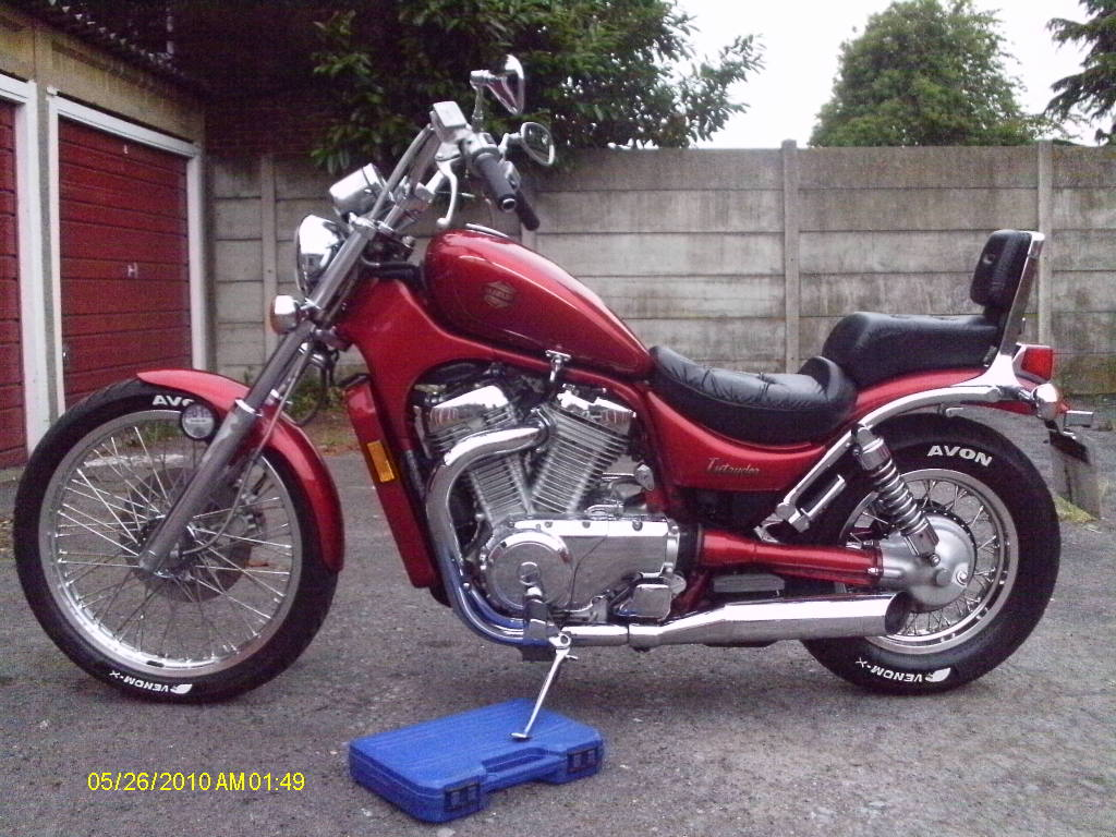 Fat Intruders Baby .......... 1991 Suzuki VS750 Intruder IMAG0107