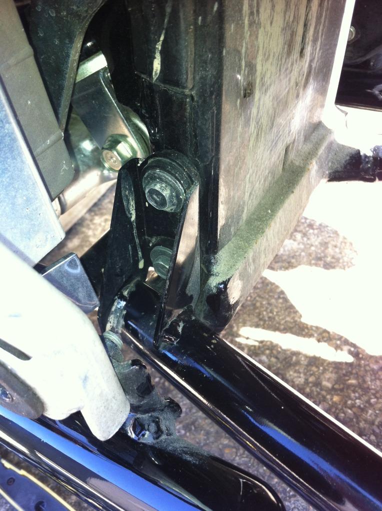 * False Swing Arm Removal Instruction - Suzuki C800 / C50 * IMG_0338