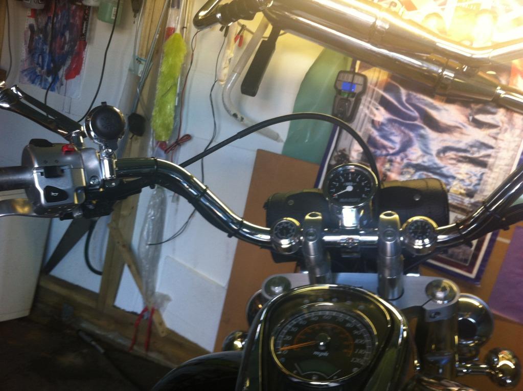 "* 14"" Ape Hanger bars Install, Suzuki C800 / VL800 * IMG_0750"